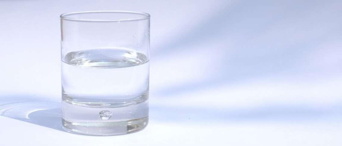 Manfaat Air Putih Bagi Ibu Hamil Guesehat